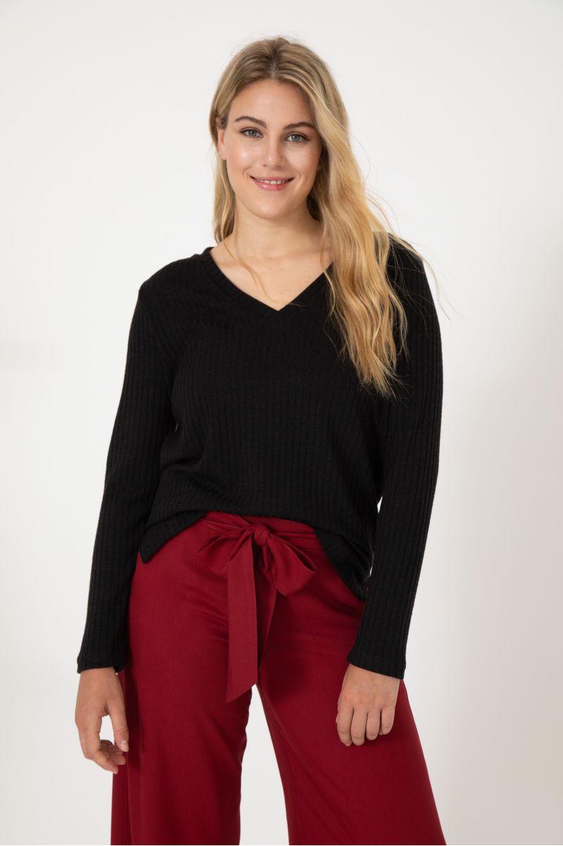 sweater-chic-negro-0800152102-01